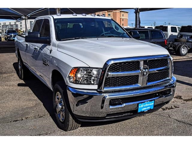 2018 Ram 3500 Crew Cab 4x4, Pickup #JG176866 - photo 3