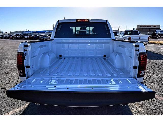 2018 Ram 1500 Crew Cab 4x4, Pickup #JS109629 - photo 15