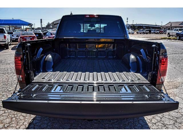 2018 Ram 1500 Crew Cab 4x4, Pickup #JS114137 - photo 15