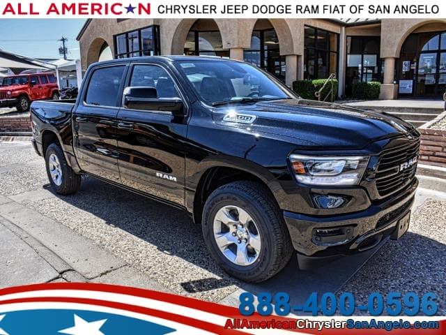 2019 Ram 1500 Crew Cab 4x4, Pickup #KN515947 - photo 1