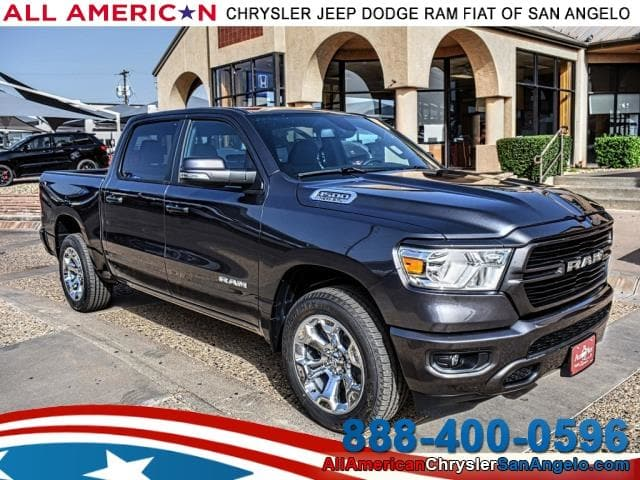 2019 Ram 1500 Crew Cab 4x2,  Pickup #KN543580 - photo 1