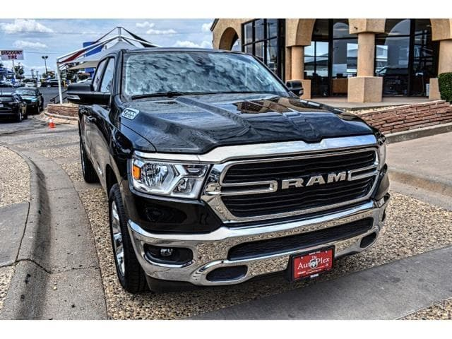 2019 Ram 1500 Crew Cab 4x2,  Pickup #KN548039 - photo 3
