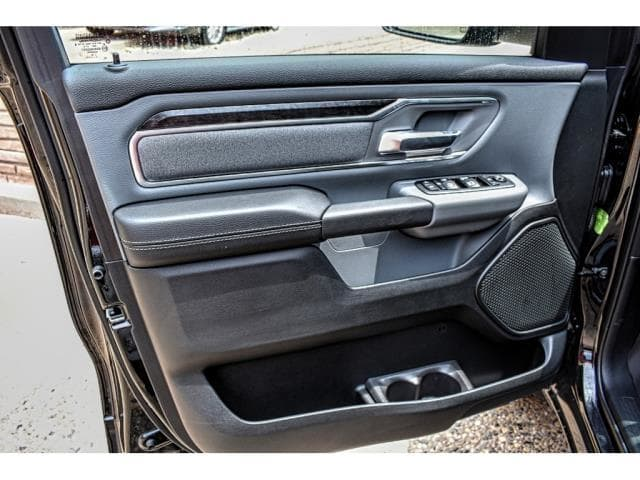 2019 Ram 1500 Crew Cab 4x2,  Pickup #KN548039 - photo 18