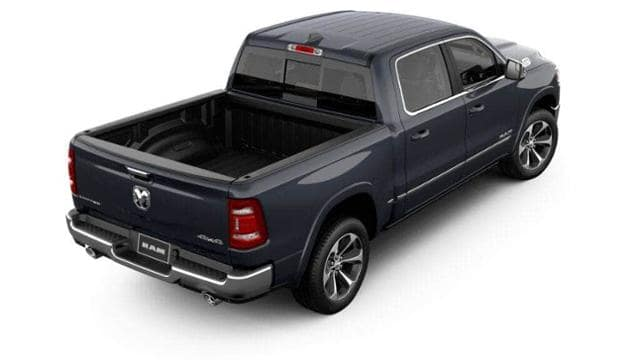 2019 Ram 1500 Crew Cab 4x4,  Pickup #KN640330 - photo 2