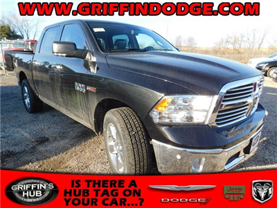 2017 Ram 1500 Crew Cab 4x4 Pickup #417603 - photo 1