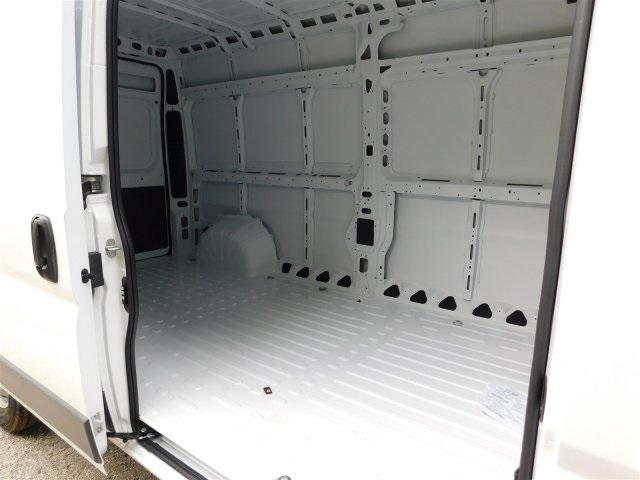2018 ProMaster 2500 High Roof, Cargo Van #418019 - photo 7