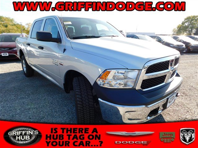 2018 Ram 1500 Crew Cab 4x4 Pickup #418026 - photo 1