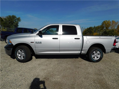 2018 Ram 1500 Crew Cab 4x4 Pickup #418026 - photo 5