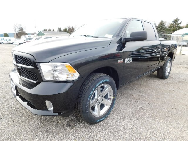 2018 Ram 1500 Quad Cab 4x4,  Pickup #418049 - photo 4
