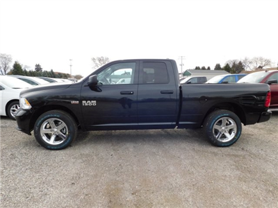 2018 Ram 1500 Quad Cab 4x4,  Pickup #418049 - photo 5