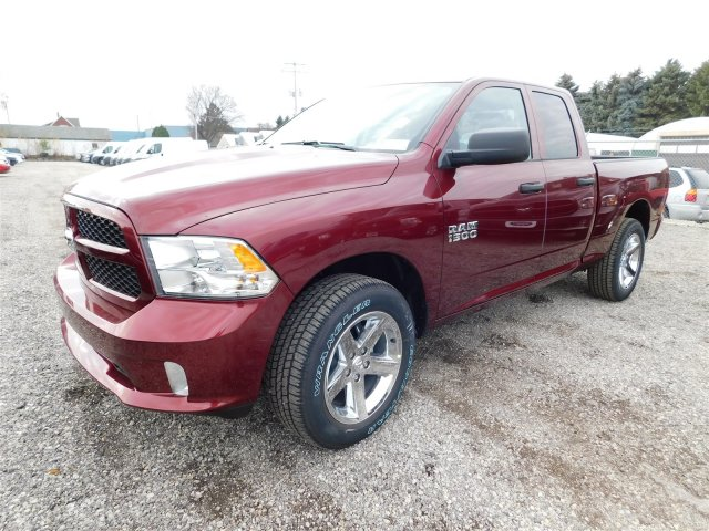 2018 Ram 1500 Quad Cab 4x4 Pickup #418058 - photo 4