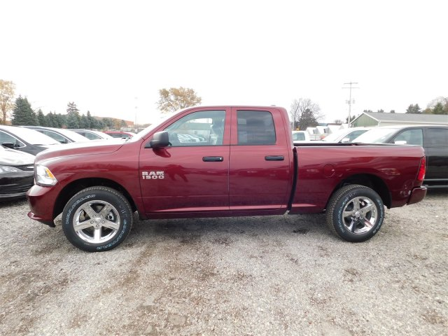 2018 Ram 1500 Quad Cab 4x4, Pickup #418058 - photo 5