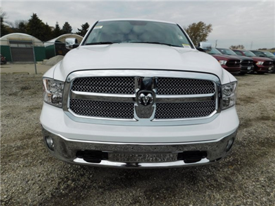 2018 Ram 1500 Crew Cab 4x4 Pickup #418059 - photo 3