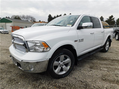 2018 Ram 1500 Crew Cab 4x4 Pickup #418059 - photo 4