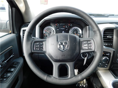2018 Ram 1500 Crew Cab 4x4, Pickup #418068 - photo 10