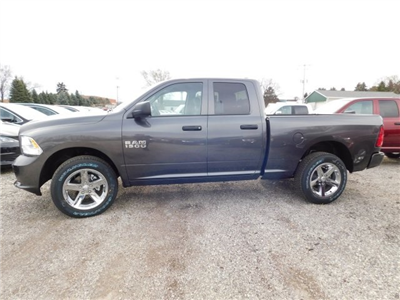 2018 Ram 1500 Quad Cab 4x4,  Pickup #418076 - photo 5