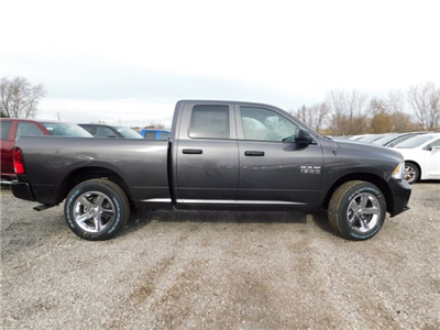 2018 Ram 1500 Quad Cab 4x4, Pickup #418076 - photo 7