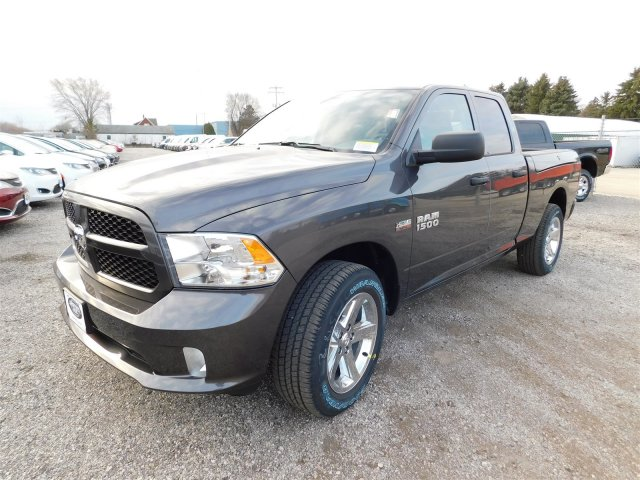 2018 Ram 1500 Quad Cab 4x4 Pickup #418077 - photo 4