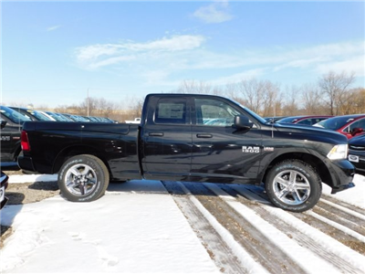 2018 Ram 1500 Quad Cab 4x4,  Pickup #418082 - photo 7