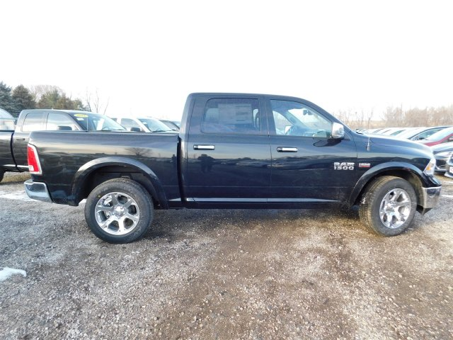 2018 Ram 1500 Crew Cab 4x4 Pickup #418187 - photo 8