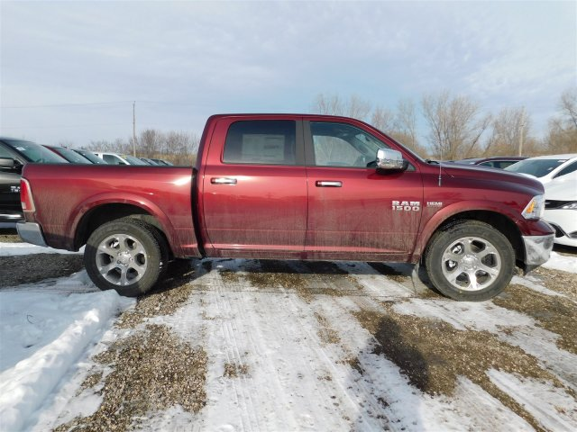 2018 Ram 1500 Crew Cab 4x4, Pickup #418193 - photo 6