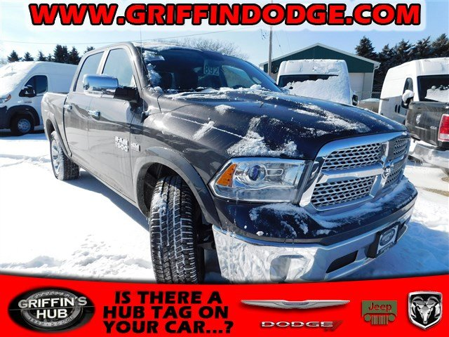 2018 Ram 1500 Crew Cab 4x4, Pickup #418235 - photo 1