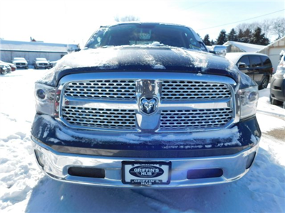 2018 Ram 1500 Crew Cab 4x4, Pickup #418235 - photo 3