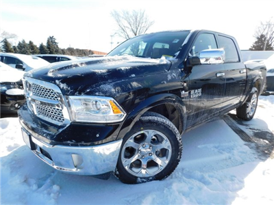 2018 Ram 1500 Crew Cab 4x4, Pickup #418236 - photo 4