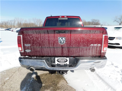2018 Ram 1500 Crew Cab 4x4, Pickup #418237 - photo 2