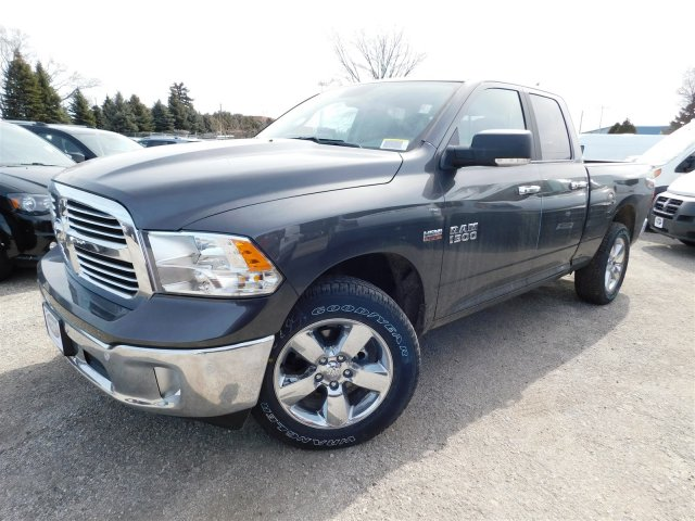 2018 Ram 1500 Quad Cab 4x4, Pickup #418287 - photo 4
