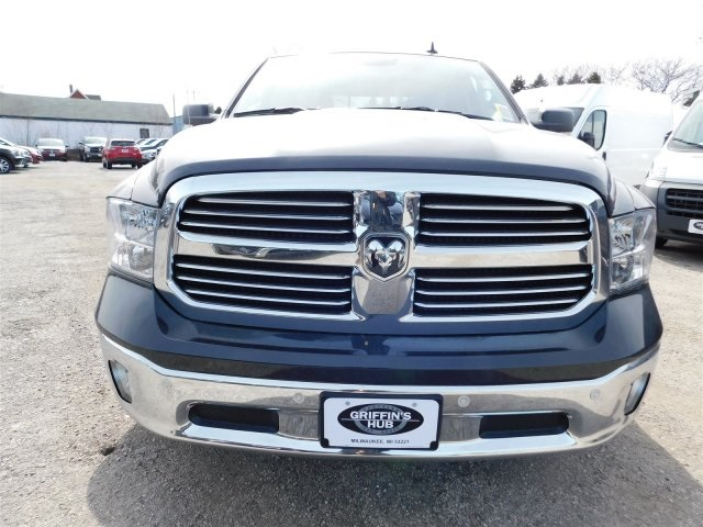 2018 Ram 1500 Crew Cab 4x4, Pickup #418289 - photo 3