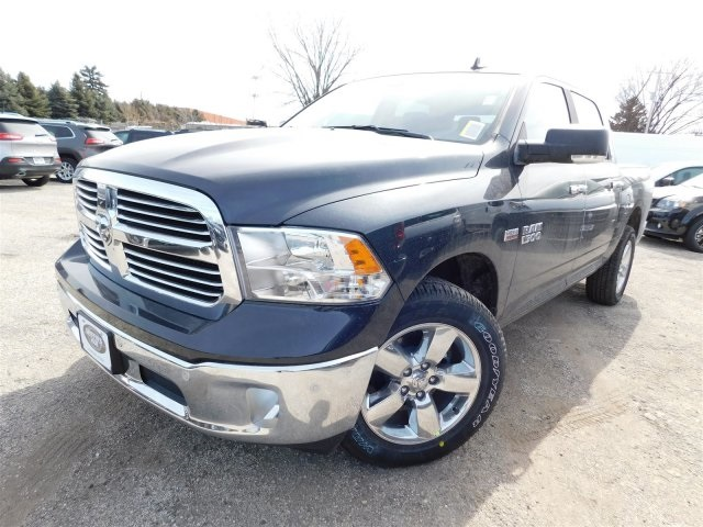 2018 Ram 1500 Crew Cab 4x4, Pickup #418289 - photo 4