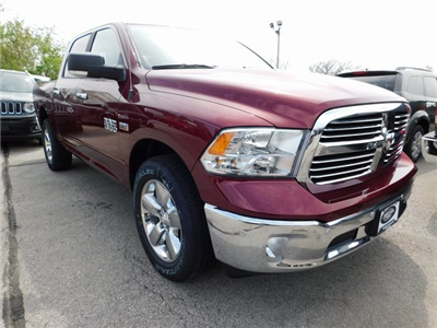 2018 Ram 1500 Crew Cab 4x4, Pickup #418341 - photo 3