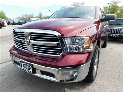 2018 Ram 1500 Crew Cab 4x4, Pickup #418341 - photo 1