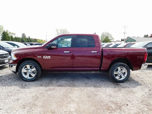 2018 Ram 1500 Crew Cab 4x4,  Pickup #418348 - photo 4
