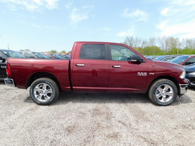 2018 Ram 1500 Crew Cab 4x4,  Pickup #418348 - photo 6