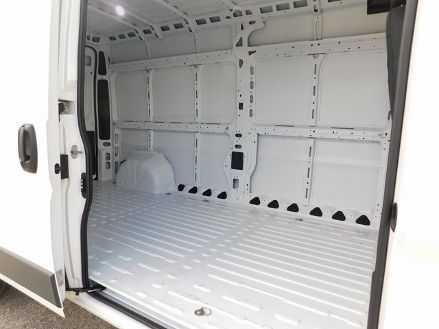 2018 ProMaster 2500 High Roof FWD,  Empty Cargo Van #418456 - photo 8