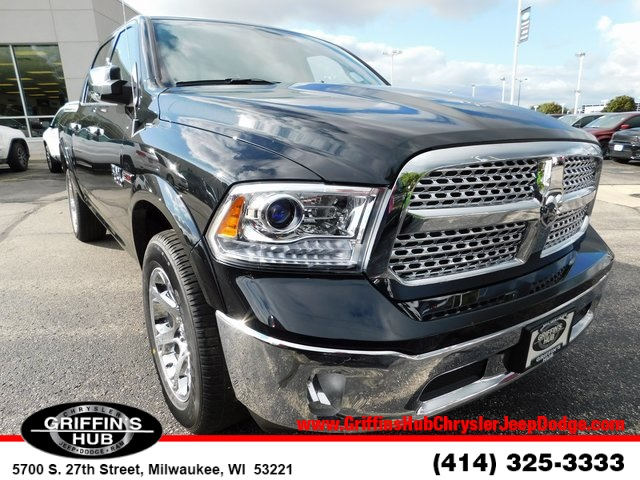 2018 Ram 1500 Crew Cab 4x4,  Pickup #418462 - photo 1