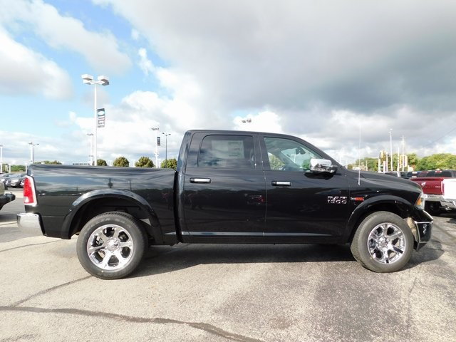 2018 Ram 1500 Crew Cab 4x4,  Pickup #418462 - photo 8