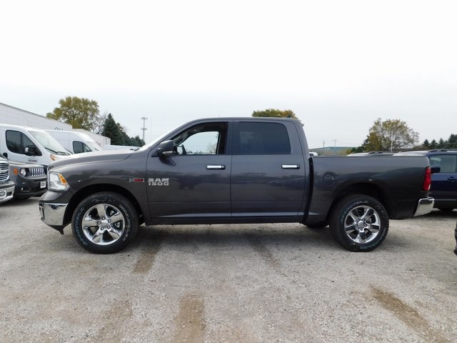 2018 Ram 1500 Crew Cab 4x4,  Pickup #418492 - photo 5