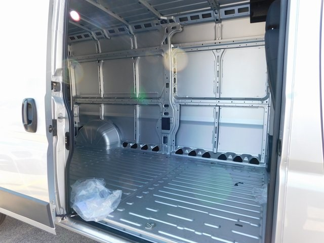 2018 ProMaster 2500 High Roof FWD,  Empty Cargo Van #418493 - photo 8
