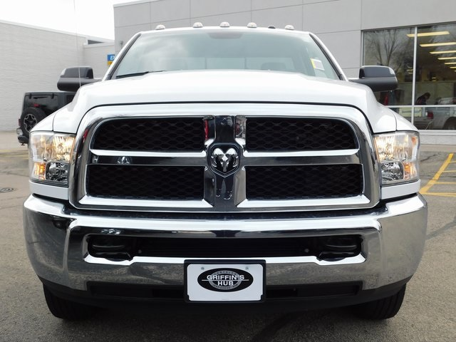 2018 Ram 3500 Regular Cab DRW 4x4,  Pickup #418603 - photo 3