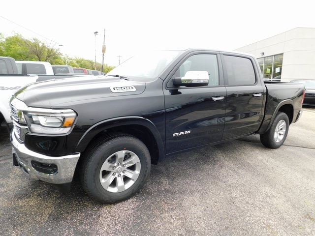 2019 Ram 1500 Crew Cab 4x4,  Pickup #419008 - photo 3