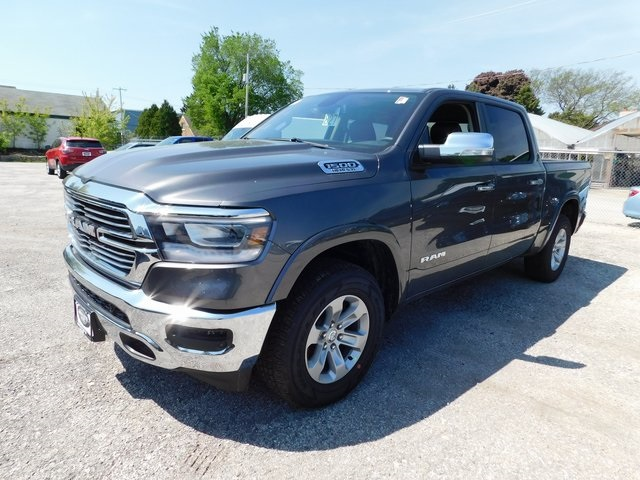2019 Ram 1500 Crew Cab 4x4,  Pickup #419009 - photo 3