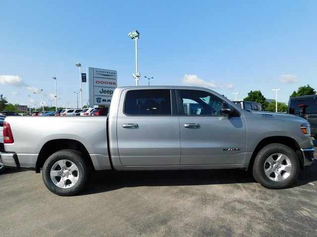 2019 Ram 1500 Crew Cab 4x4,  Pickup #419018 - photo 7