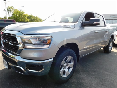 2019 Ram 1500 Crew Cab 4x4,  Pickup #419018 - photo 4