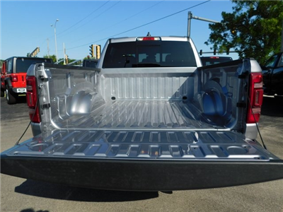 2019 Ram 1500 Crew Cab 4x4,  Pickup #419018 - photo 6