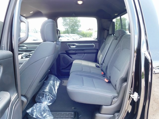 2019 Ram 1500 Crew Cab 4x4,  Pickup #419022 - photo 10