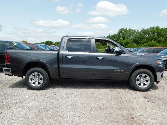 2019 Ram 1500 Crew Cab 4x4,  Pickup #419027 - photo 7