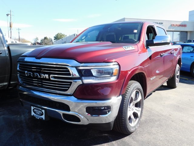 2019 Ram 1500 Crew Cab 4x4,  Pickup #419061 - photo 4